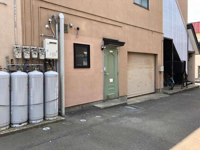 アパート 青森県 青森市 浪館前田1-19-29 コーポファーラ 1R