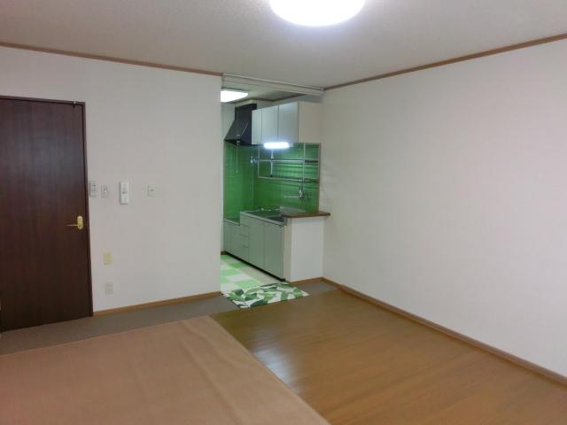アパート 弘前市境関1丁目「コーポラスユアフルB棟」102号室 詳細画像