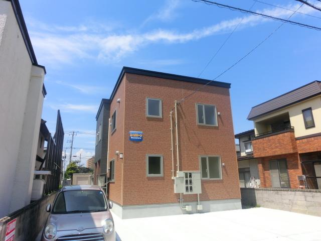 不動産詳細-アパート 弘前市城東中央5丁目「ムーンストーン」2LDK