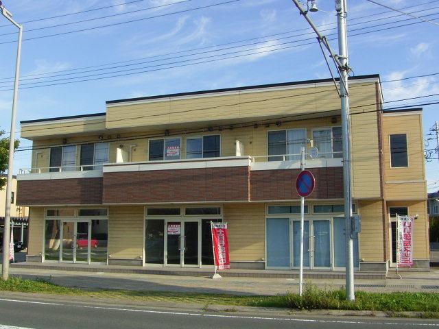 店舗(建物一部) 青森市浜田2丁目 トレビ1階 貸店舗