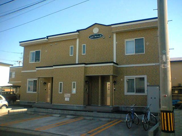 アパート 青森市緑2丁目 ベルメゾン 2LDK