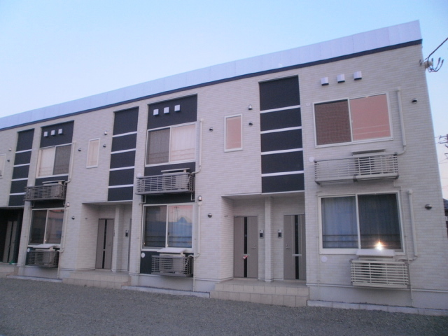 アパート 青森市浜館3丁目 ニューエスポワール 2LDK