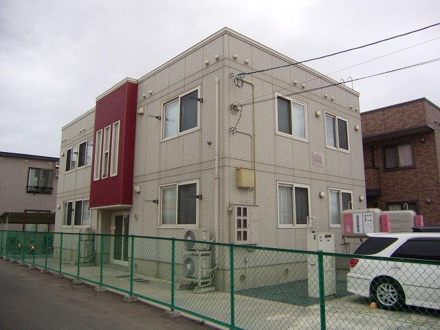 アパート 青森市青葉1丁目 セジュールマキ 2LDK