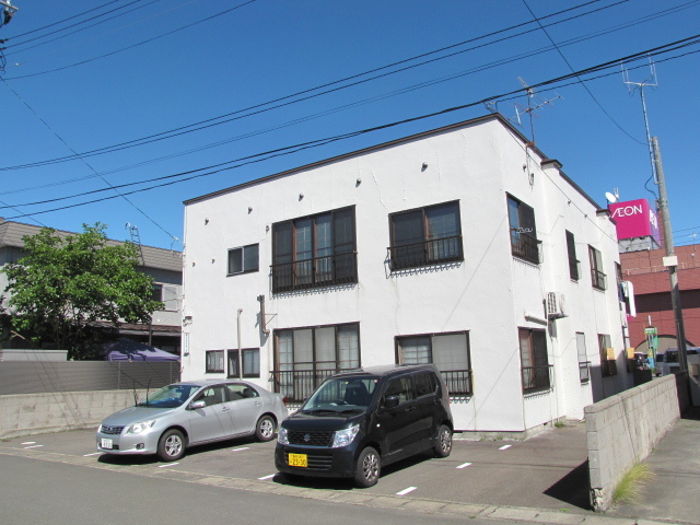 アパート 青森県 青森市 緑3丁目6-6 第8まるみつ荘 3LDK