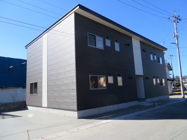 アパート 秋田県 湯沢市 清水町六丁目 レインボーガーデン6- 2LDK