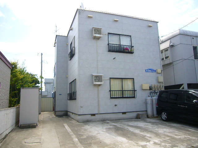 アパート 青森県 青森市 桂木三丁目 EACHハウス 1R