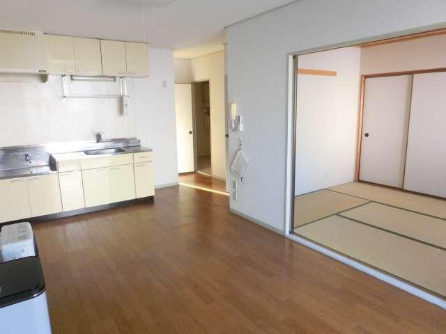 アパート 弘前市末広2丁目「メゾン・アヴニール A棟」202号室 詳細画像