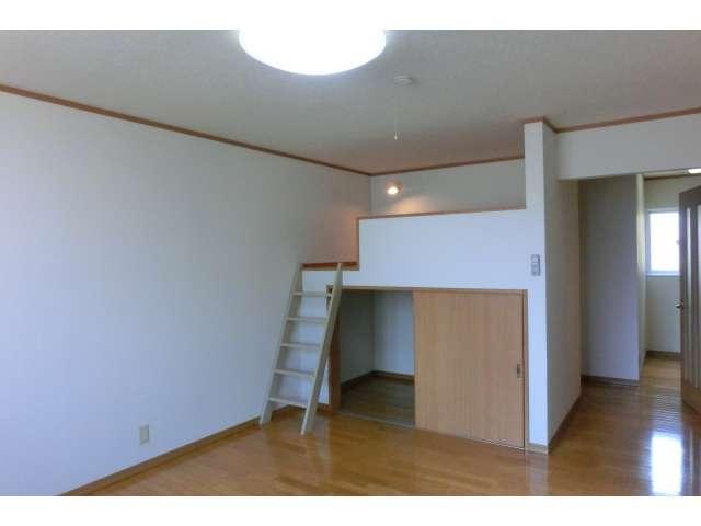 アパート 弘前市早稲田3丁目「メゾン ウ・ララ」105号室 詳細画像