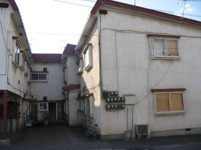 アパート 弘前市南大町1-5-10 白鳳荘 2DK