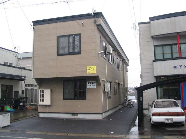 アパート 弘前市新寺町67-3 コーポ・アドバンス 2DK