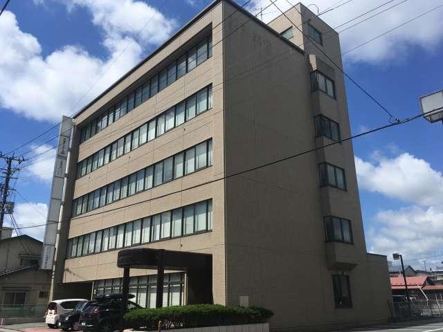 事務所 岩手県 奥州市 水沢中町44 イーストジャパンビル2F(中央)